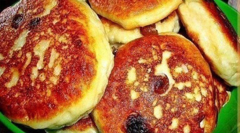 Пышные и вкусные оладушки к завтраку